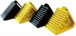 【送料無料】ゴムタイヤストッパー 黄色 黒 2t車用 取っ手付 2個セット(tspy)